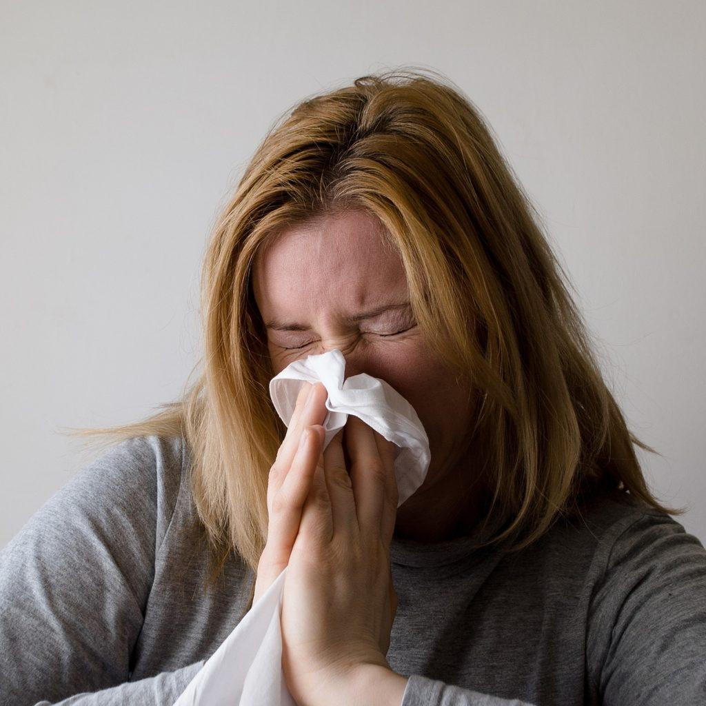 Erkältet Was Tun Das Hilft Gegen Husten Schnupfen Und Halsweh