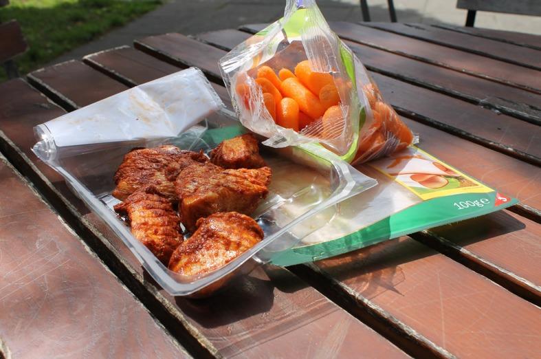 Eiweißhaltige lebensmittel und Karotten